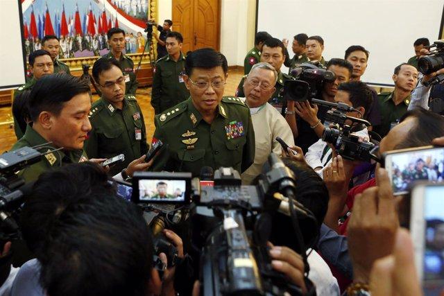 El jefe del Estado Mayor del Ejército birmano, general Mya Tun