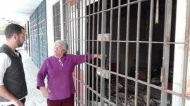 IU reclama el adecentamiento y puesta en uso de todos los locales vacíos anexos al Mercado del Tiro de Línea en Sevilla