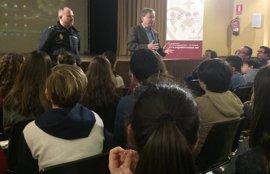 Los centros educativos valencianos piden un 23% más de charlas sobre acoso escolar a Policía y Guardia Civil este curso