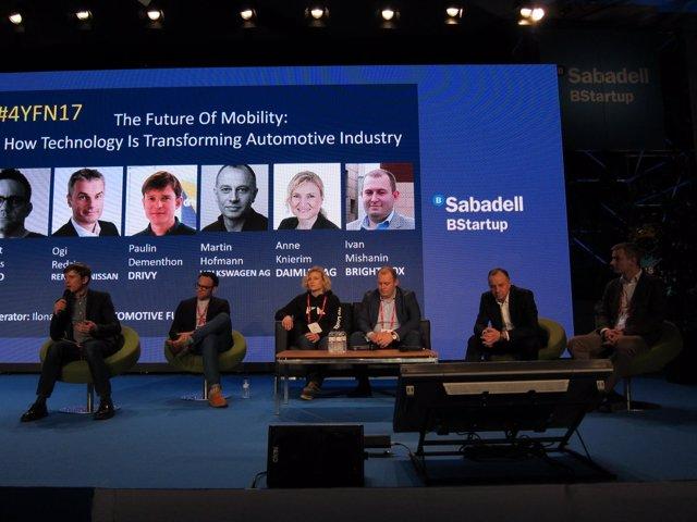Debate en el 4YFN sobre el futuro de la movilidad