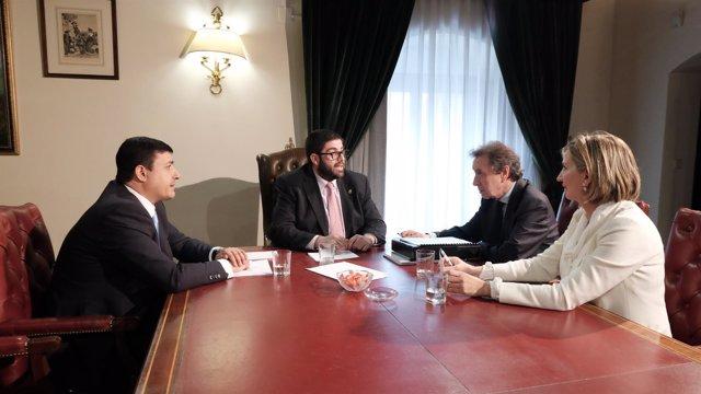 Ávila: El Vicepresidente (4I), El Presidente, De Santiago J.  García