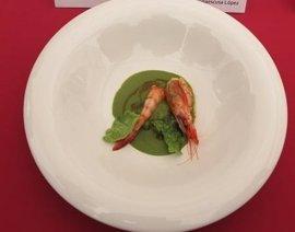 La receta más creativa con gamba roja de Dénia: acompañada de acelga y gazpacho marinero tostado