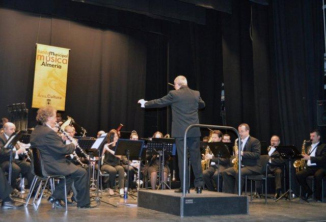 La música de la Banda Municipal de Almería en el 28F