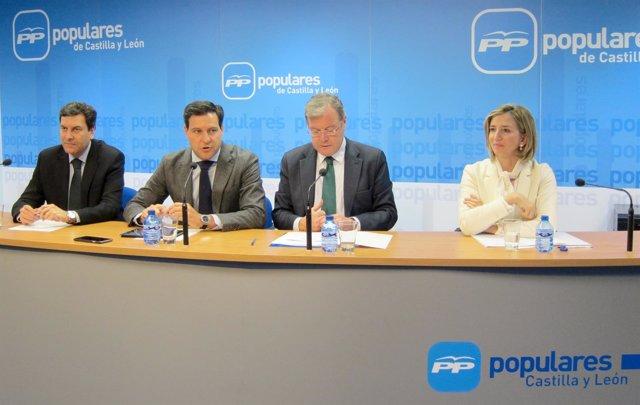 Valladolid. Presentación De Las Ponencias