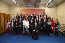 """Armengol pide una """"reforma profunda"""" de la Constitución en la entrega de premios Ramon Llull y las Medallas de Oro"""