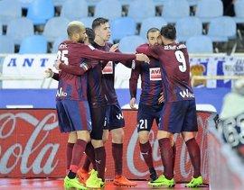 El Eibar salva un punto 'in extremis', el Valenci coge aire y el Betis se repone del derbi