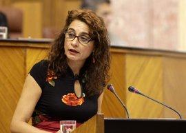 La Junta informa en el Parlamento sobre las ofertas de empleo público y la tasa de reposición