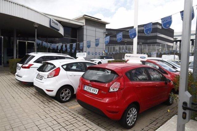 Las matriculaciones de coches suben un 21% en 2015