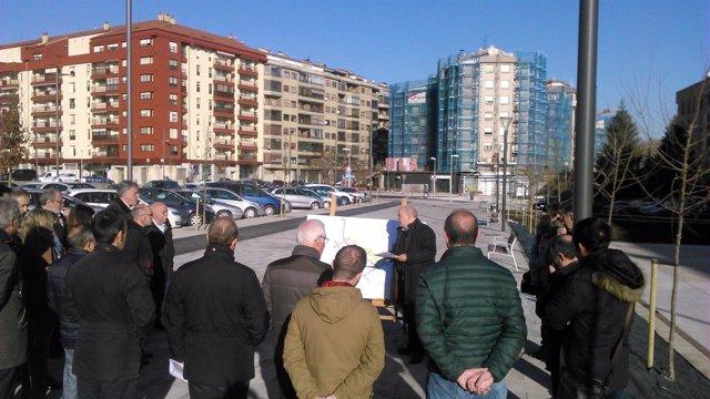 Visita de la Comisión de Urbanismo a la reodenación de Milagrosa sur