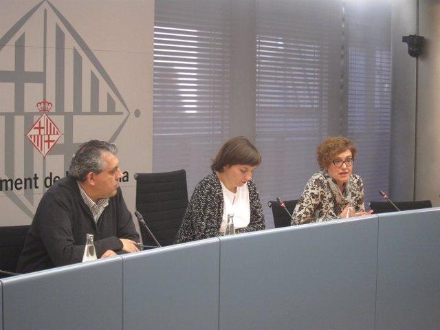 La Teniente De Alcalde Laia Ortiz Y La Concejal Montserrat Ballarín