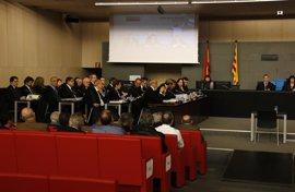La defensa de CDC renuncia a que declaren Turull, Puig y más de 30 testigos