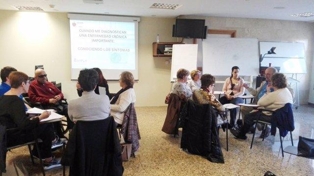 Participantes de un taller de la Escuela de Pacientes celebrado en Tudela
