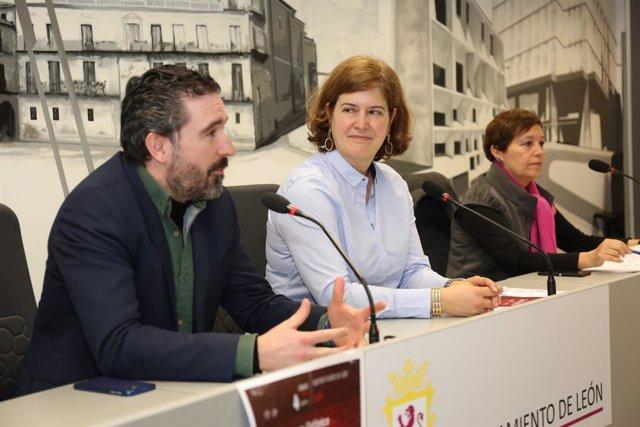 Jordi Gimeno, Margarita Torres y Amelia Biaín.