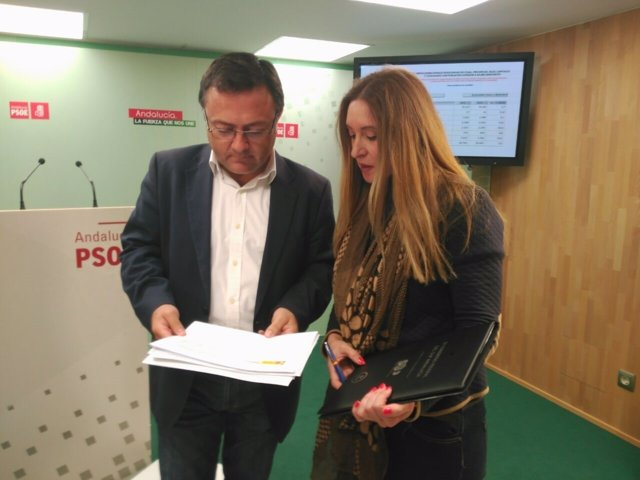 Heredia y nueva secretaria SUP Málaga Mariló Valencia