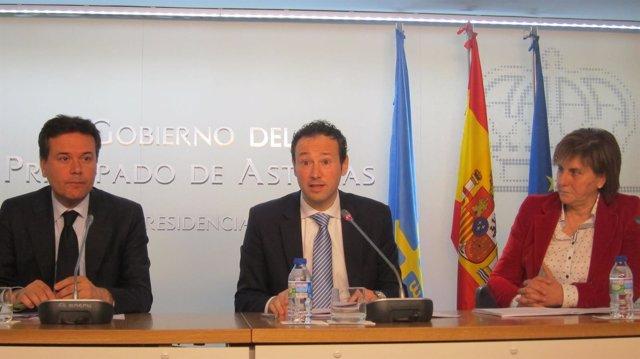 Francisco Blanco, Guillermo Martínez y Pilar Varela