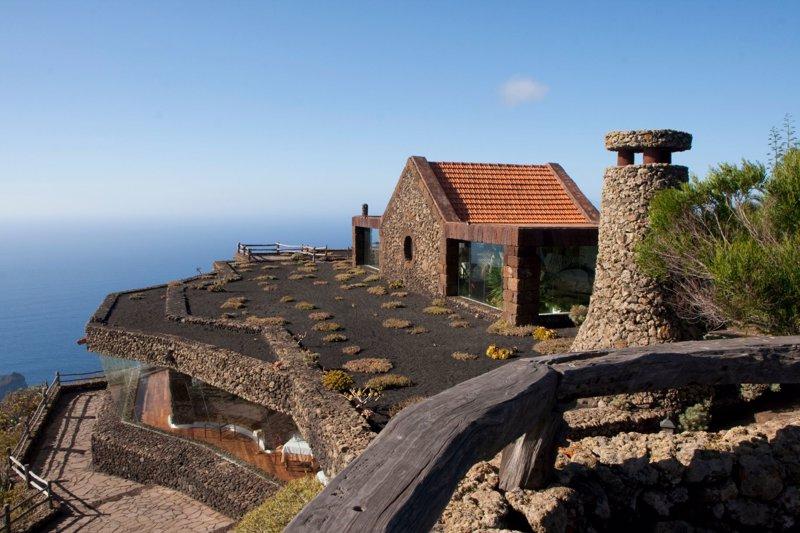 Los miradores de Canarias sorprenden con sus mares de nubes, vistas de 360º y  estrellas