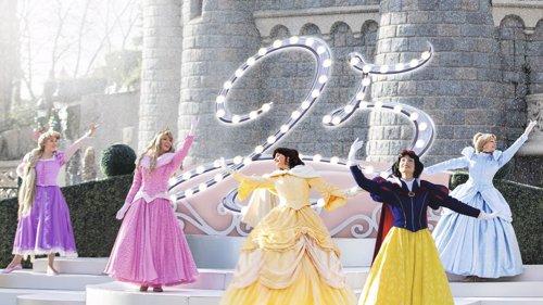 Disneyland Paris celebra su 25 aniversario