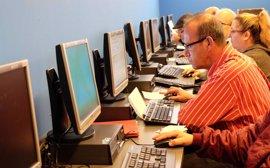 Nuevo taller de búsqueda de empleo de la Fundación Jesús Abandonado para mejorar el acceso al mercado laboral