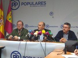 Medina oficializa su candidatura a presidir el PP C-LM y pide que todos los afiliados puedan votar