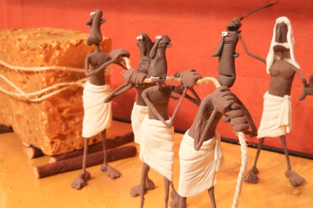 Recorrido por la historia de la humanidd a través de la plastilina
