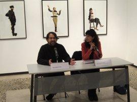La obra de Ghadirian reflexiona en la sala de San Benito, en Valladolid, sobre cómo observa occidente a la mujer iraní