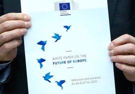 Juncker pide a los líderes que elijan entre más integración o distintas velocidades para la UE a 27