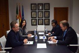 La Junta y el Ministerio de Cultura acuerdan dar prioridad a las obras del Museo de Cáceres y del Archivo de Badajoz