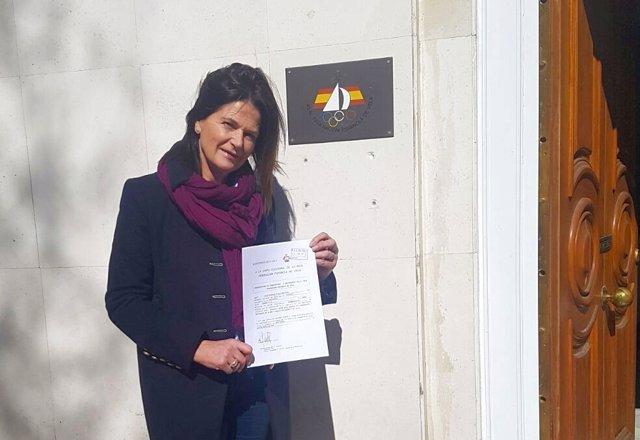 Julia Casanueva presenta los avales para su reelección en la RFEV