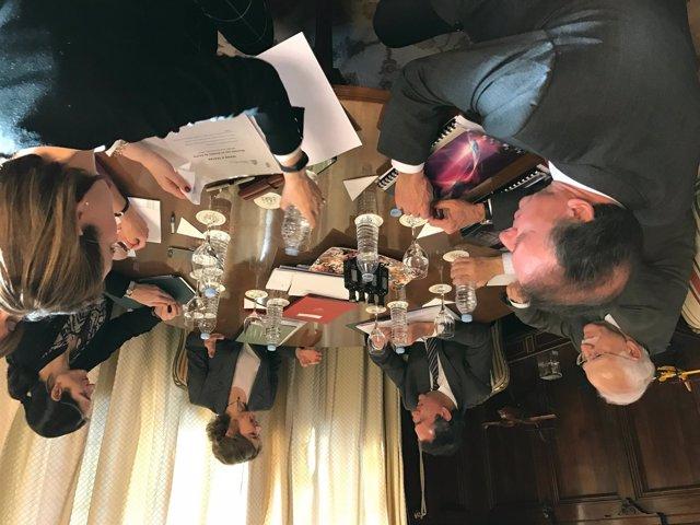 Reunión entre García Tejerina y Espadas