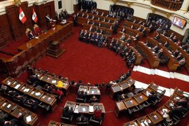 El Congreso de Perú aprueba iniciar una reforma para que los delitos de corrupción no prescriban