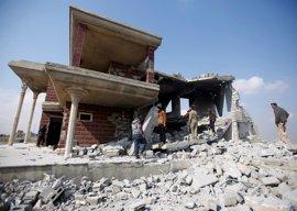 Mueren civiles y milicianos de Estado Islámico en un bombardeo aéreo contra una mezquita en Mosul