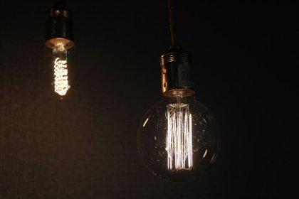 Un 78% de los consumidores se esfuerza por consumir menos electricidad, según Rastreator.com