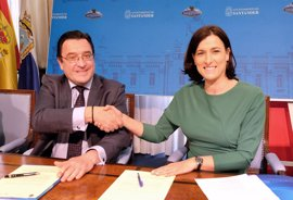 Santander y Obra Social 'la Caixa' impulsan nuevo programa 'Manitas' tras rehabilitar 8 viviendas en 2016