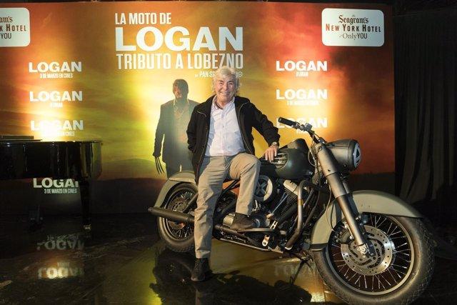 Angel Nieto presenta la moto de Loban