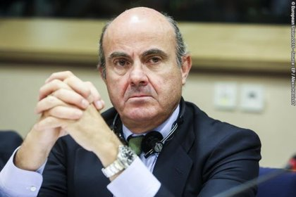 """Guindos ve """"perfectamente capacitado"""" al nuevo director general de Supervisión del Banco de España"""