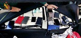 Detenidos tras una persecución en Mérida tres miembros de una banda de robo de móviles de alta gama