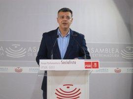 """El PSOE considera el descenso en el desempleo en Extremadura como """"moderadamente positivo"""""""