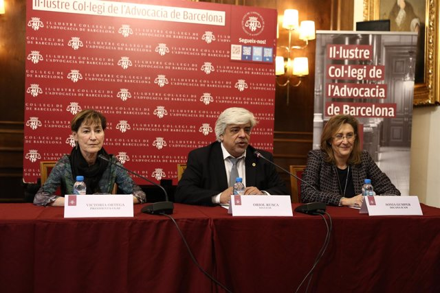 Victoria Ortega, Oriol Rusca y Sonia Gumpert