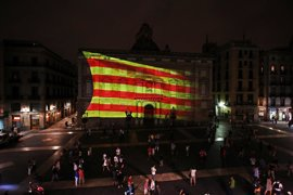 CSIF se reúne con el Gobierno y anima a los funcionarios catalanes a no acatar órdenes ilegales