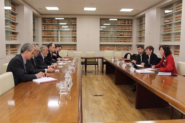 La reunión entre una delegación de Montcada i Reixac y miembros de Fomento