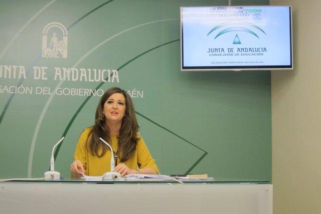 Yolanda Caballero presenta el proceso de escolarización 2017-18.