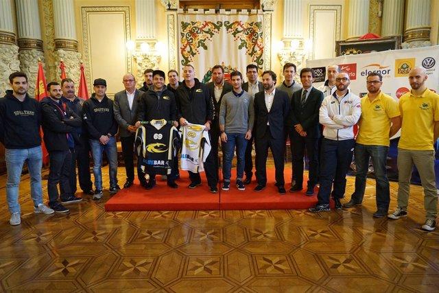 Presentación de la Copa de Europa de Hockey en Línea.