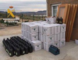 Desarticulan un grupo criminal que robaba almendras, herramientas y aceite de oliva