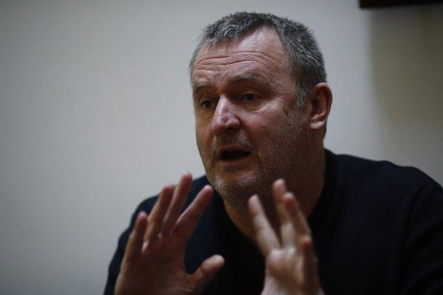 Entrevista con el escritor Velibor Colic por Manual de exilio