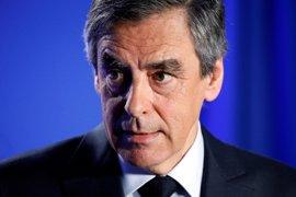 Más de la mitad de los franceses de centro y de derechas piden a Fillon que se retire