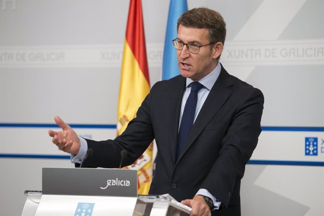 El titular del Gobierno gallego, Alberto Núñez Feijóo, en la rueda de prensa