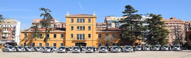 Acto con nuevos coches policía en la central de la Policía Local de Valencia