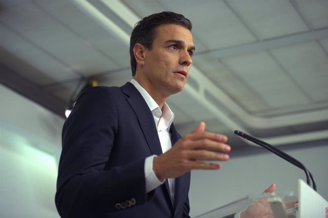 Pedro Sánchez en Ferraz