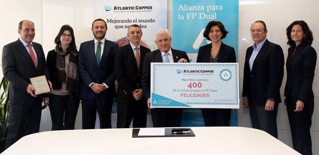 El director de Atlantic Copper, Miguel Palacios, adhesión FP Dual.