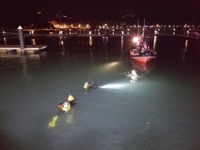 Rescate de los fallecidos en el Puerto de Laredo